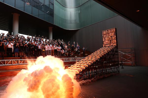 25级台阶层层燃爆.JPG