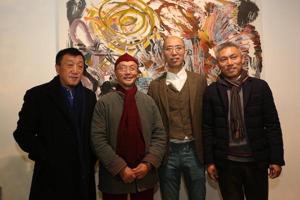 嘉宾在展览现场,左起:袁佐、吕胜中、邬建安、茅为清.JPG