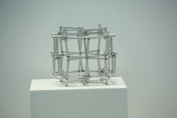 缩放立体结构.jpg