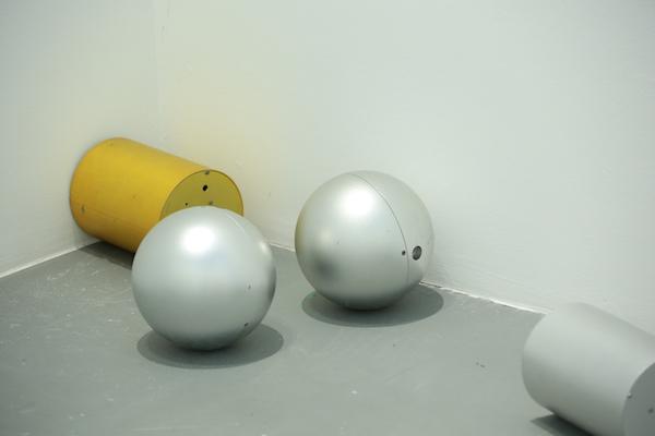 圆柱机器人与球形机器人.jpg