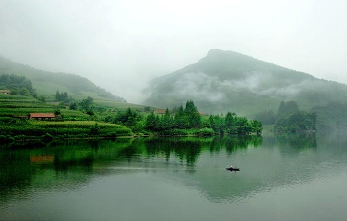 青山湖.jpg