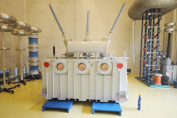 三峡地下电站SFP-840MVA500kV主变压器.jpg