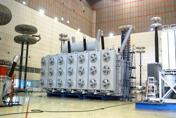 OSFPSZ-1200MVA500kV变压器.jpg