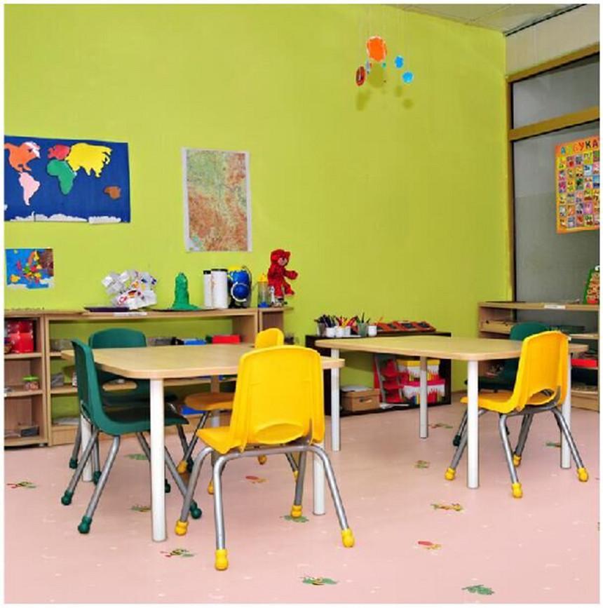 粉色教室 小蜜蜂.jpg