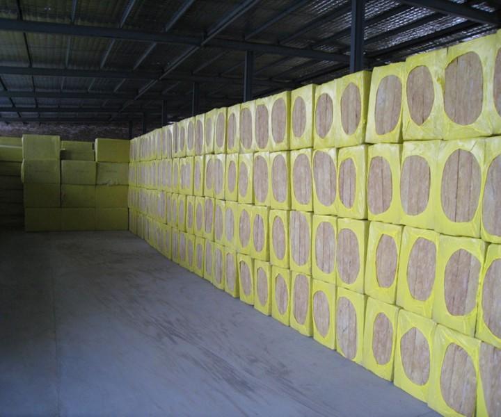 岩棉板保温性能
