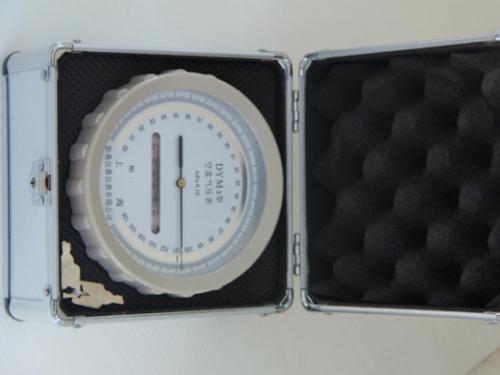 空盒压力表