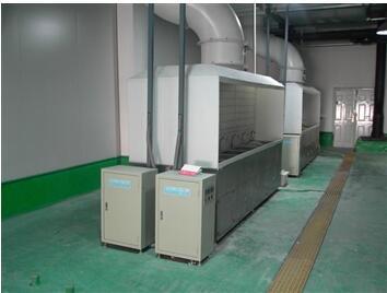 24KW双6槽硅片清洗槽(用户作业现场).jpg