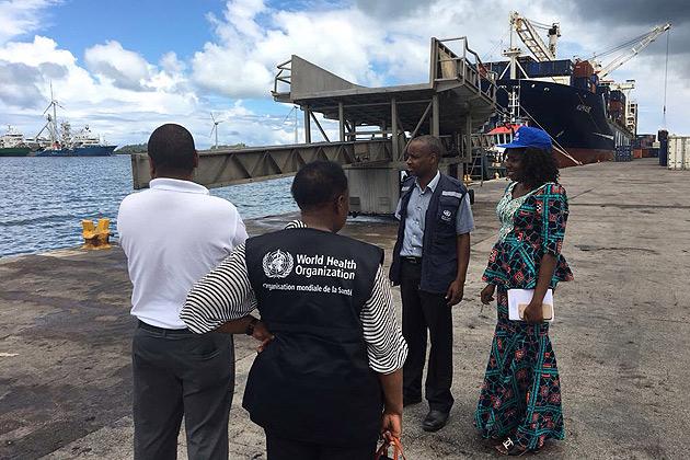 世卫组织的一个小组正与塞舌尔卫生部一起检查塞舌尔海港的鼠疫监测工作