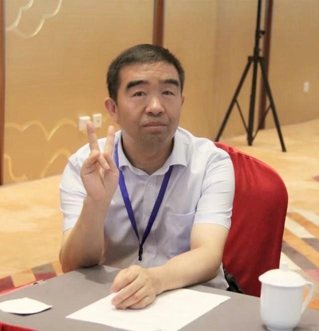 照片20-感谢秦煤集团常务副总经理刘永智--.jpg