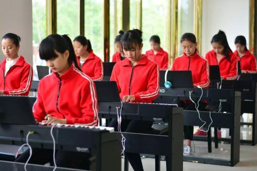 四川幼师学校