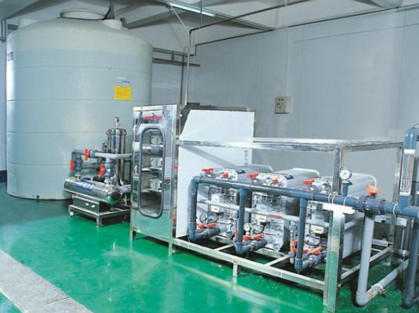 10T H 反渗透+EDI纯水机8T  H RO Water Purifier + EDI.png