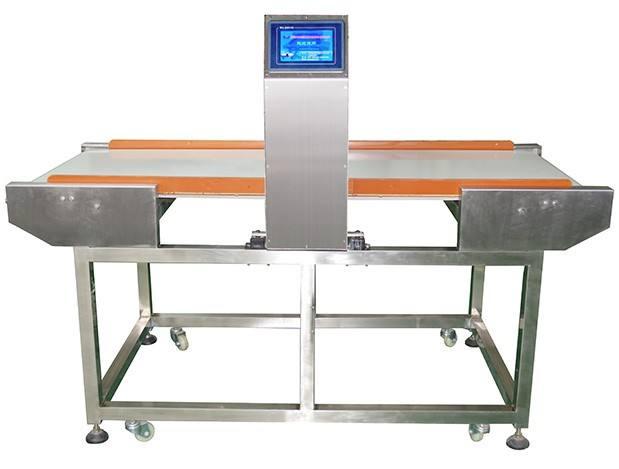 饼干厂金属检测机.jpg