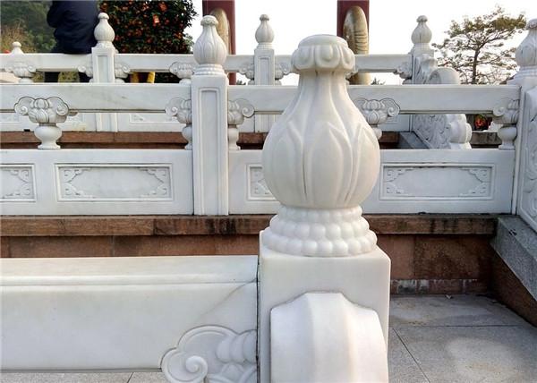 青石栏杆多少钱一米-固强青石板材