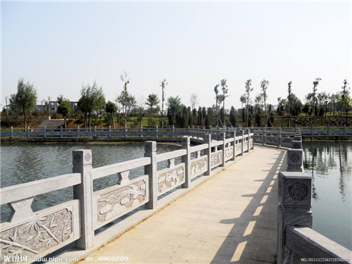 石栏杆的维护-固强青石板材厂
