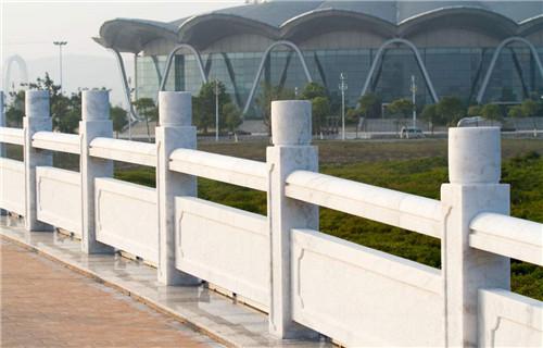 汉白玉栏杆的价格是多少-固强青石板材