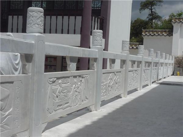 怎么做好青石栏杆的防水-固强青石板材