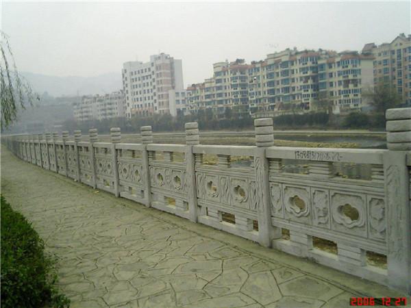 河道石栏杆有哪些设计规范要求-固强青石板