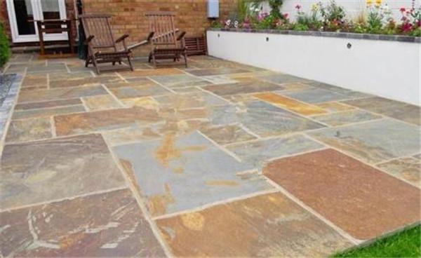 庭院可以铺设青石板吗