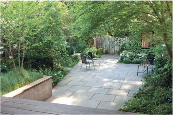 別墅庭院地面鋪什么磚好 如何鋪青石板