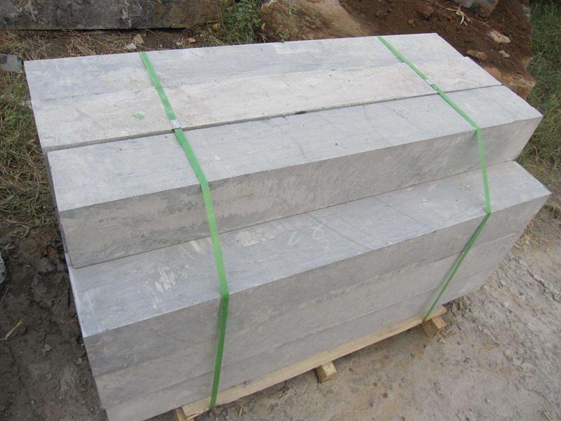 为什么青石板材使用中容易开裂