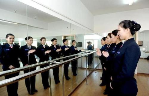 成都高铁学校让孩子未来工作方向达到更进一步标准