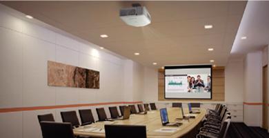 双画面并列投影 - Epson CB-G7100产品功能