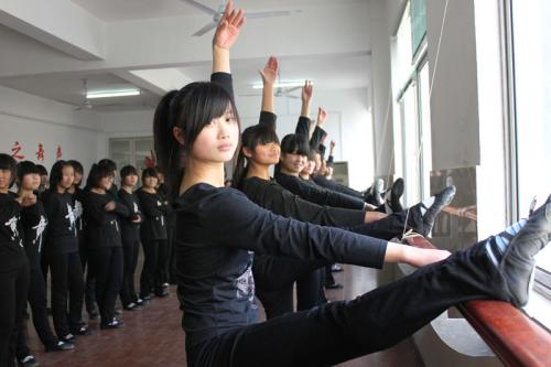学前教育专业三年制中专的培养标准