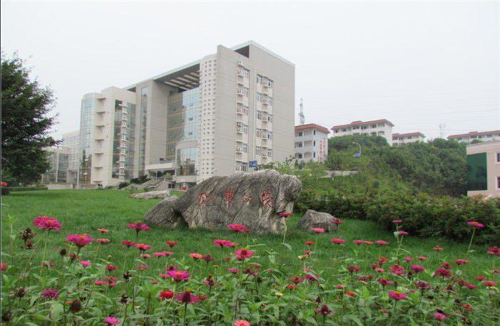 江油幼儿师范学校