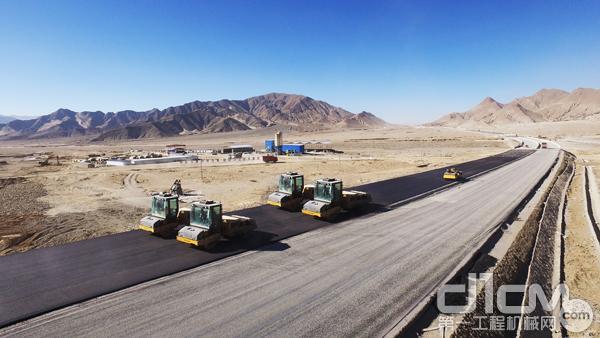 沃尔沃建筑设备助力西藏日喀则工程建设