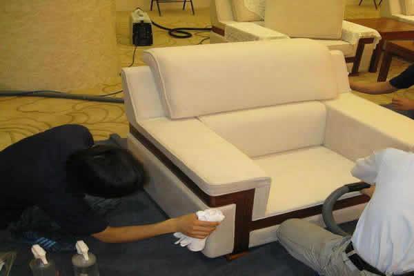 沙发清洗.jpg