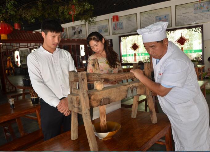 申文堂:一碗饸饹面飘香四百年
