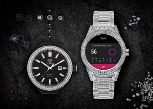 除了奢侈品的元素之外,内部与该品牌的Connected Modular 45手表一致,与英特尔合作设计,支持NFC功能,配备AMOLED屏幕,并且支持GPS等等。使用了谷歌Android Wear 2.0版本的操作系统。