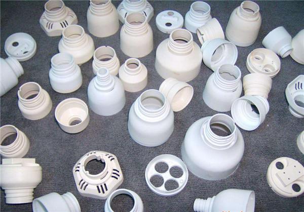 如何消除塑料加工件氣味