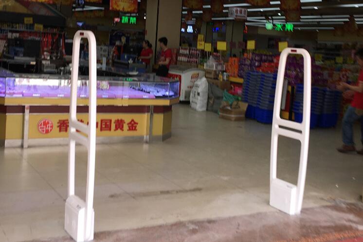 超市专门防盗门.jpg