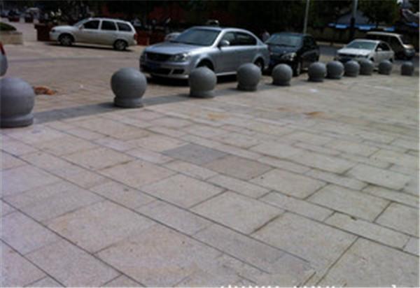 山东黄锈石地面铺装时需要注意什么