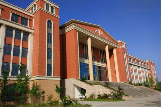 乐山医药科技学校