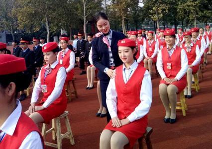 四川高铁乘务学校培养学生起到了特别好的保障作用