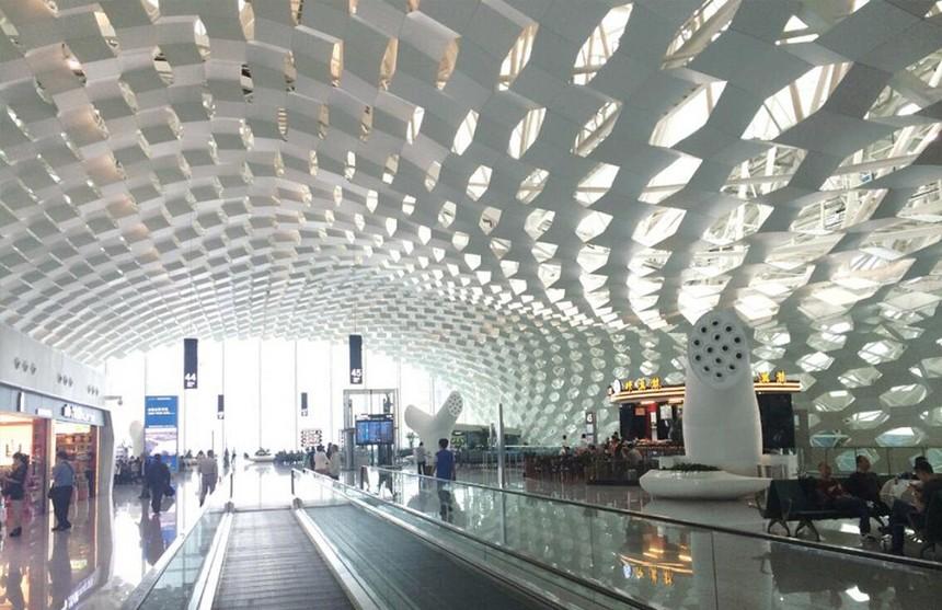 南山机场铝方通天花吊顶展示