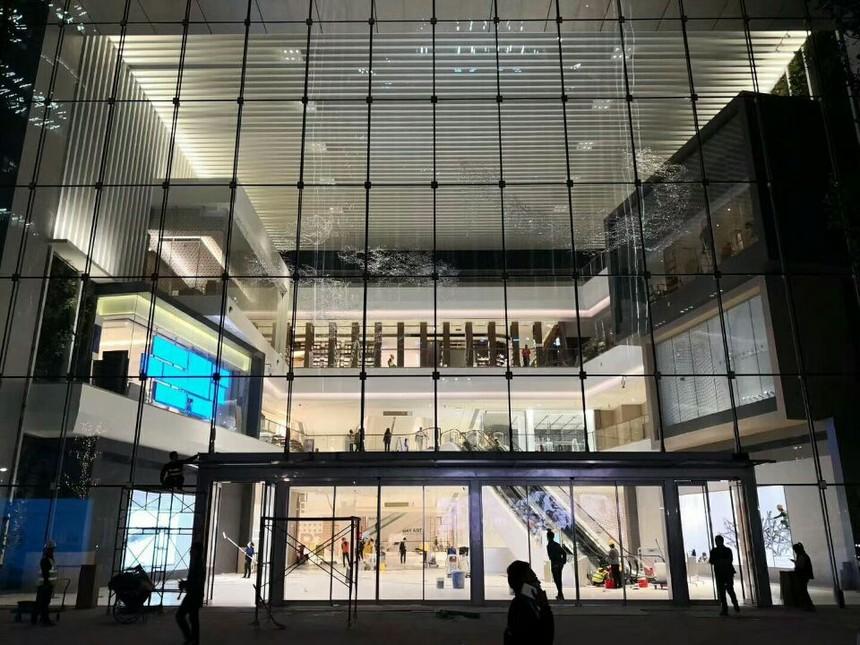 华润大厦总部大厅吊顶展示