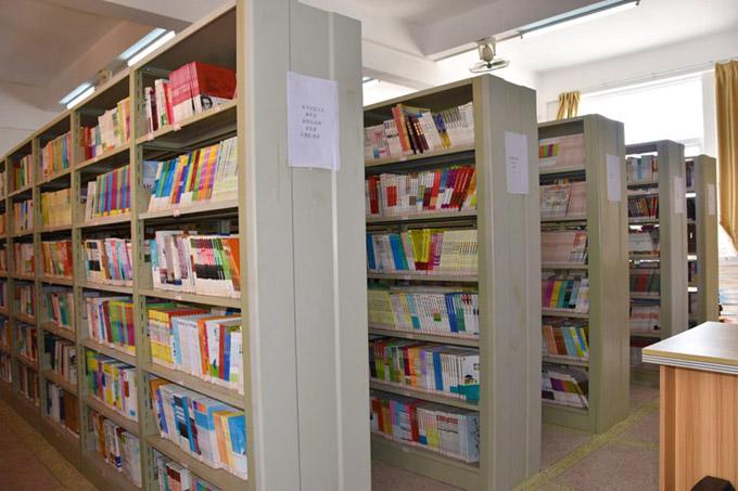 DSC_4557图书馆.jpg