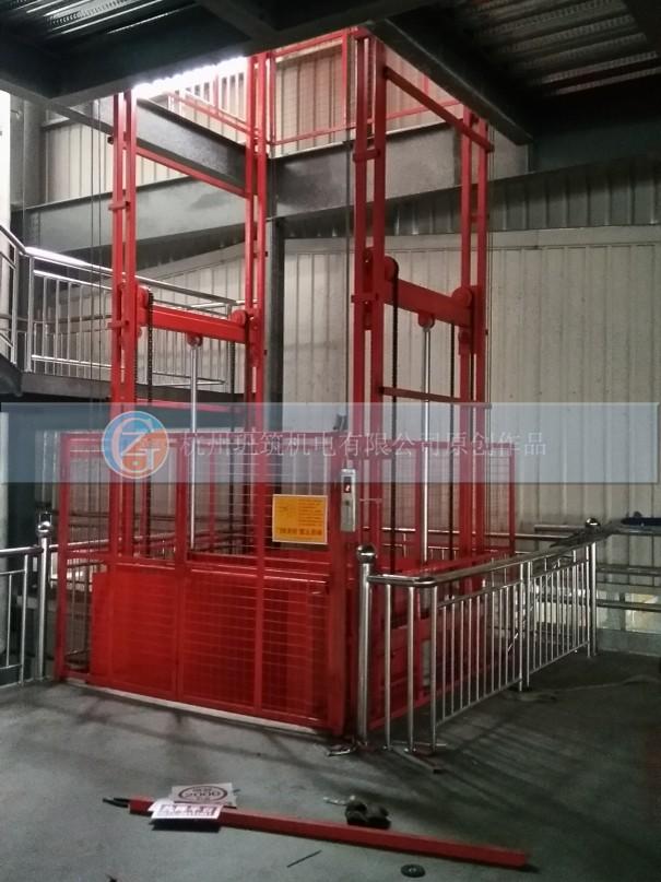 货梯防护网