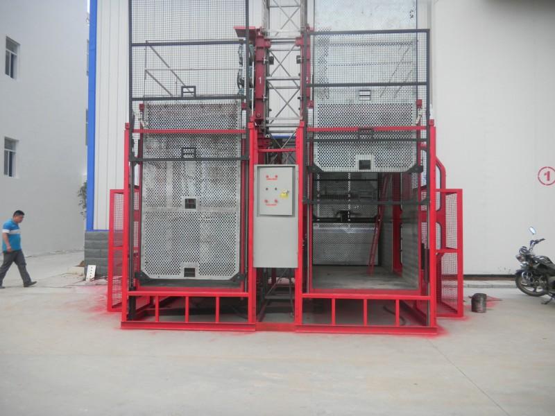 施工升降机800x600x1.jpg