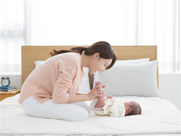 宝宝刚出生 请给新妈多一点爱