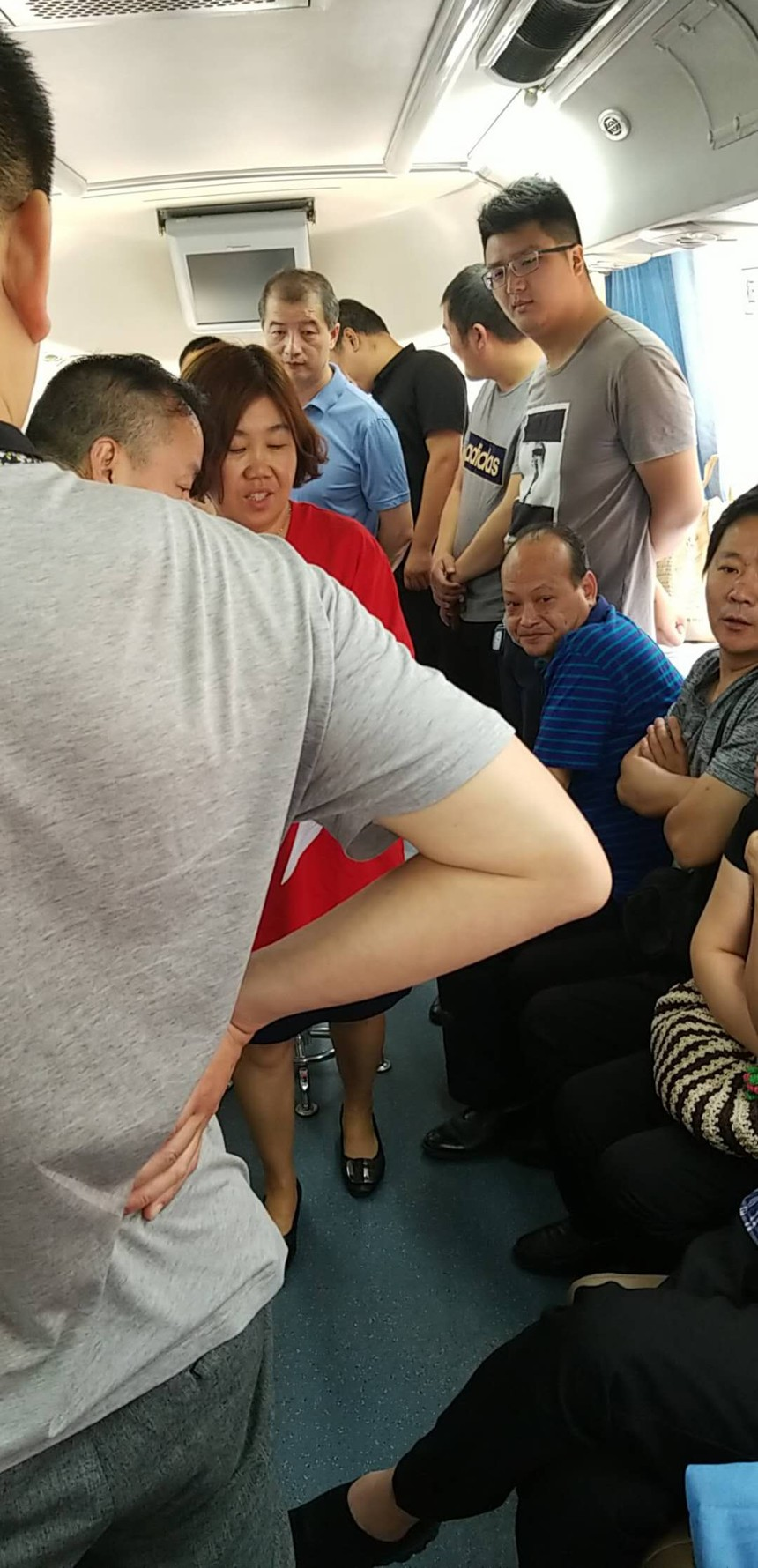 財投公司參加6.14世界獻血日活動2.jpg