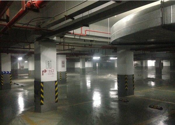 停车场地面砂硕