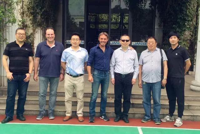 ALsistem的领导莅临上海鼎坚门窗幕墙有限公司参观指导