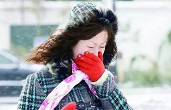 寒冬感受吐鲁番特有的室内沙疗