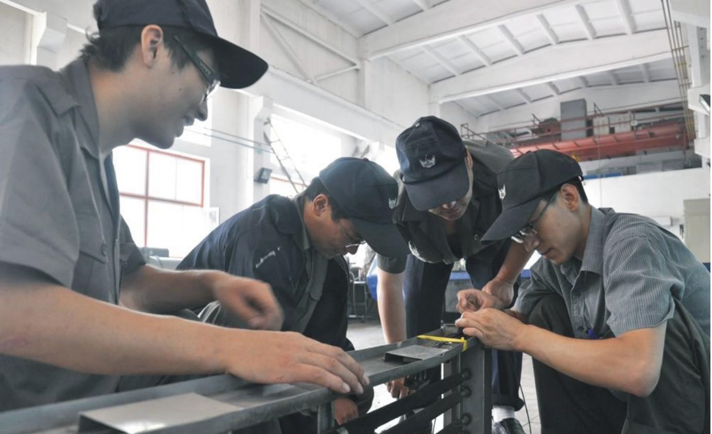 动车驾驶与维修专业定制班