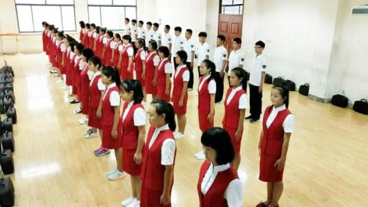 到四川高铁学校学习有越好的竞争机会,有越好的发展