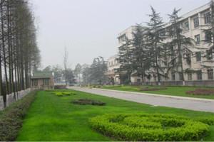 成都铁路运输学校校园风景图片